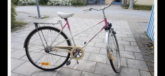 Cykelstöld damcykel, Helkama, Bro