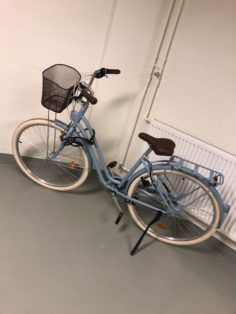 Cykelstöld Elops B-twin Stockholm Vasastan Stulen