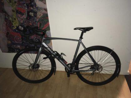Cykelstöld Peak Nacka Stulen